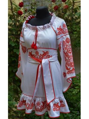 купить платье с вышивкой Старинный мотив недорого